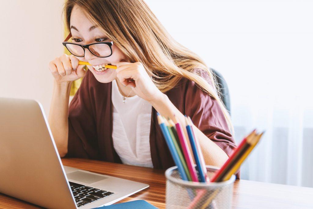 woman-stress-work