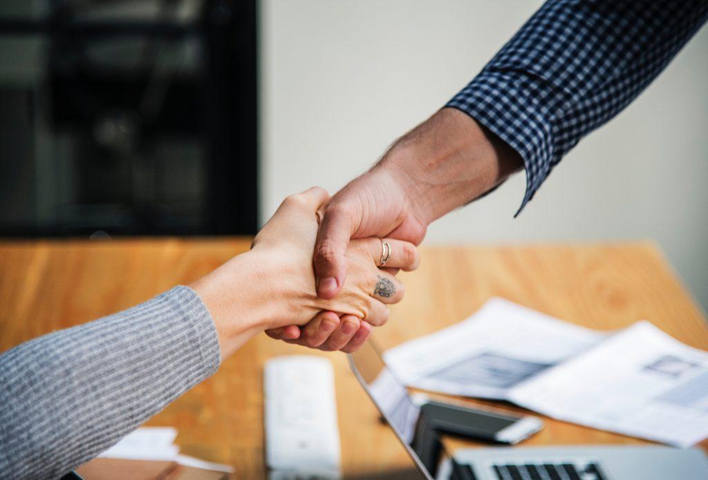 shaking-hands-trust